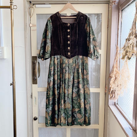 used tyrol dress