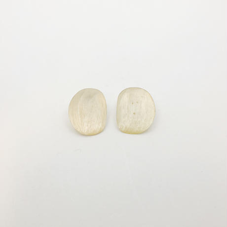used shell earring