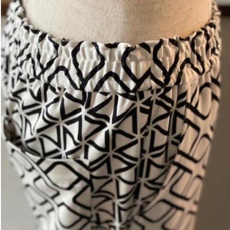 綿テンセルモダールストレッチ海賊プリント 裾リブパンツ#2136208