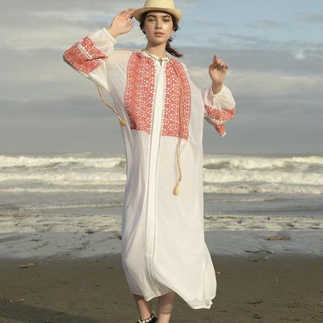 綿ネット刺繍・パフスリーブ前開きドレス #2013010