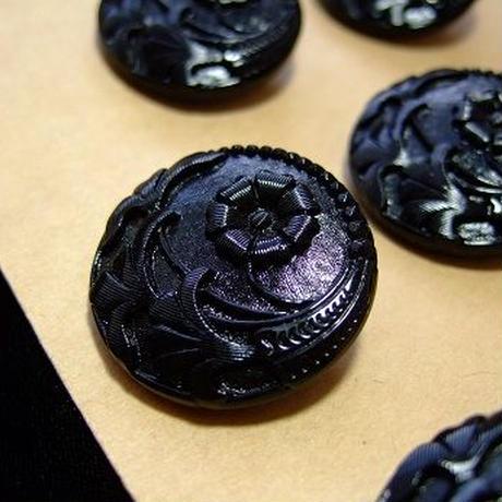 チェコガラス 花模様ブラックボタン 直径27mm f-711
