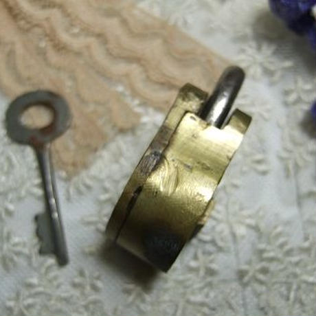 アンティーク南京錠 くまカギ o-232