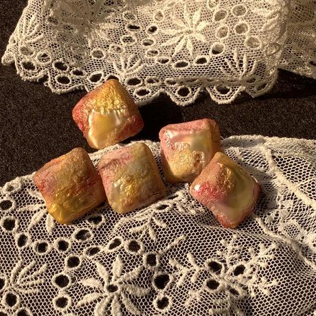 砂糖菓子みたいなボタン フランスヴィンテージ f-1318
