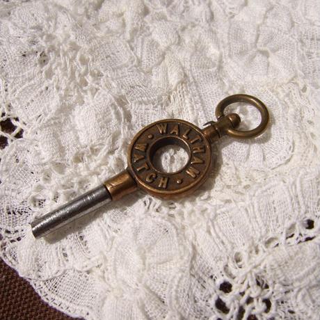 懐中時計のカギ a-1394
