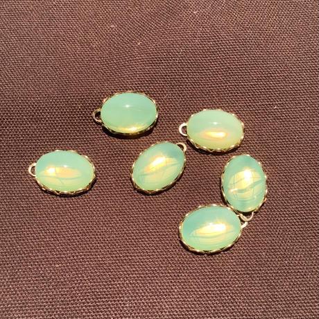 ウランガラスパーツ14x10 チェコガラス カボションセッティング付き a-1451