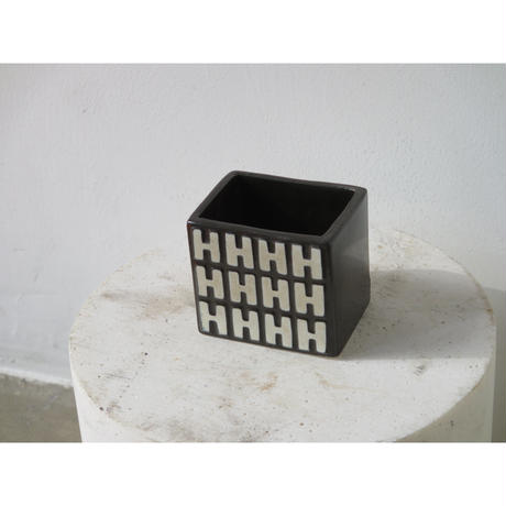 H55 ashtray  CIGARETTE HOLDER