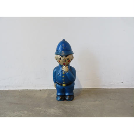 PLASTON TOY/ MONEY BANK POLICEMAN