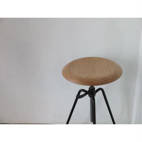 【納期1月半前後】当店別注カラー/ 3 Leg Stool Roam / ローム