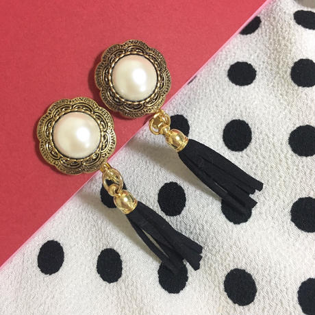 handmade vintage flower button fringe earrings