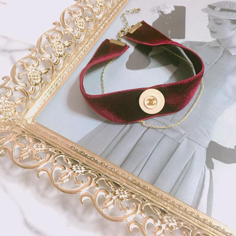 handmade CHANEL button remake velvet choker
