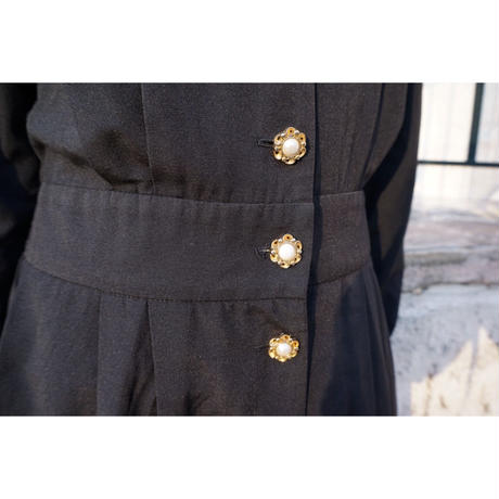 vintage flower pearl button one-piece