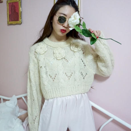 vintage flower design knit