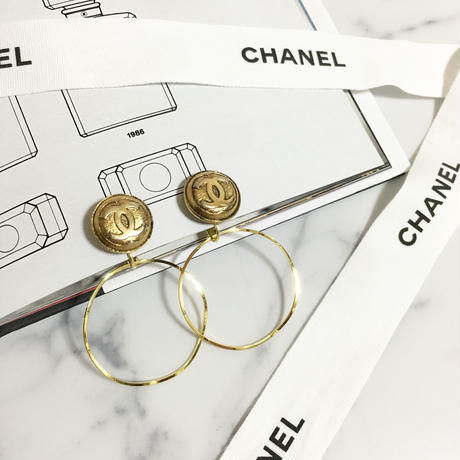 handmade CHANEL button 2way foop earrings