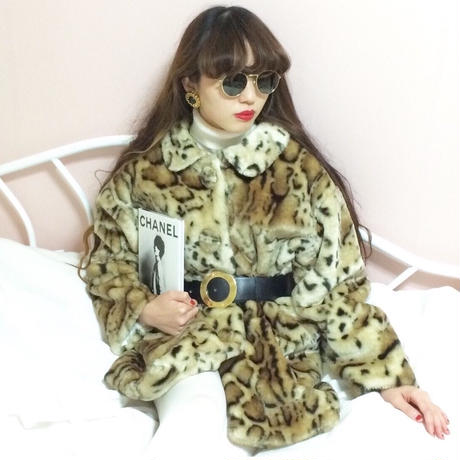 vintage leopard fake fur coat