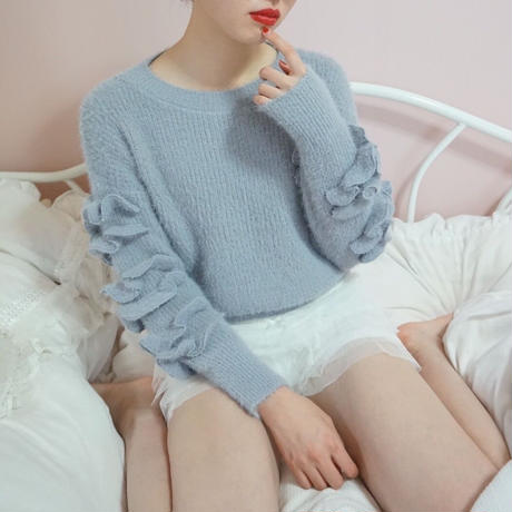 select frill sleeve knit