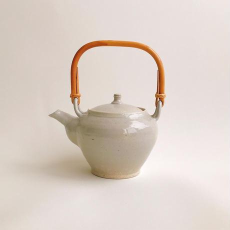 伊賀焼の土瓶 石灰 / 東屋