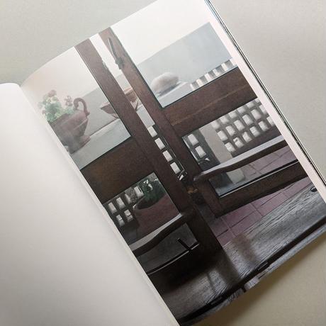 LOOKING THROUGH - LE CORBUSIER WINDOWS / Takashi Homma
