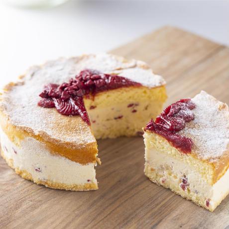 【スタッフおすすめ!】那須高原のジャージー牛乳から作られたバタークリームは、お口の中でふわっととろけ、やさしい甘さがひろがる! ル ブゥール ド マリアージュ (金曜日着指定不可)