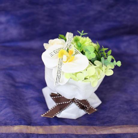 お供えソープフラワー≪スタンディングminiブーケ≫ 本体価格¥600  税込卸価格⇒
