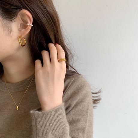 mini pearl earcuff