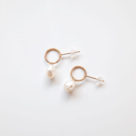 KIKKOU |  circle pearl pair pierce