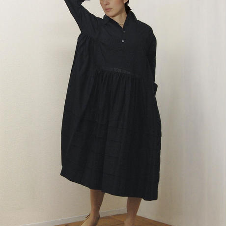 point de Japon / Pintuck Gathered Shirt Dress / Black