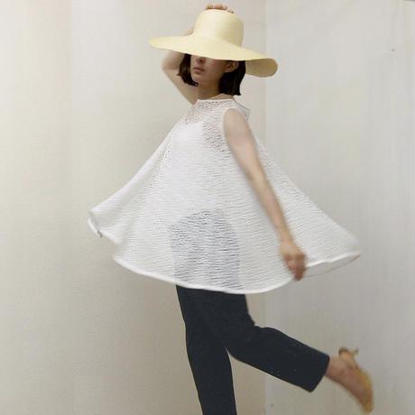 point de Japon / Flared Lace Top / Off White