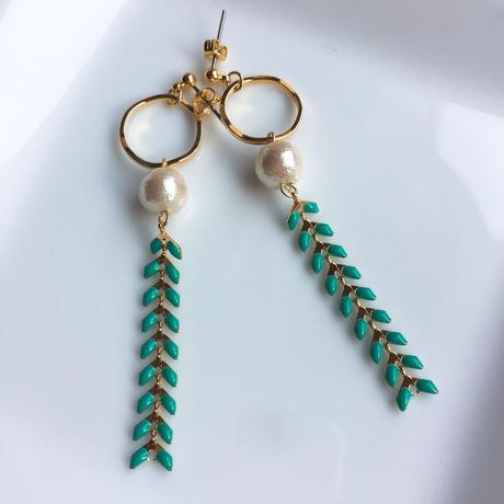 white&turquoise