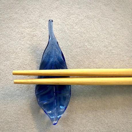 どこかの森の葉っぱ(ブルー)