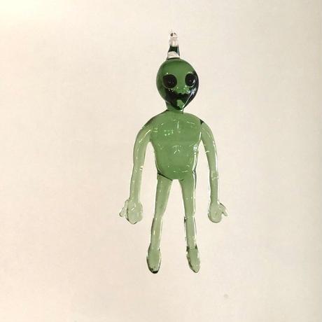 緑の宇宙人 Alien  gray