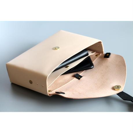 [style&things]  ori box bag slim #beige x black