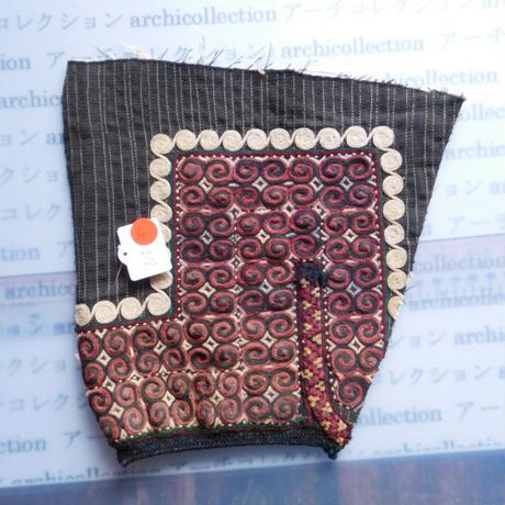 STORES ウズベク族 渦巻き刺繍布NO.4 22X22 CM ウズベキスタン 中央アジア 民族衣装 手仕事 袖 はぎれ