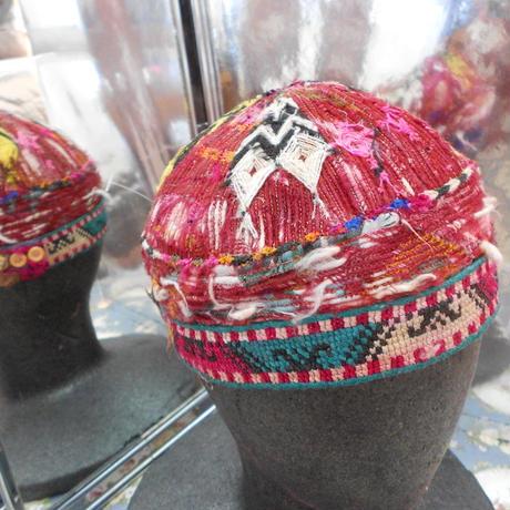 ウズベキスタン ウズベク族UZBEK WOMEN'S CAP51 刺繍女性用帽子50h10cm
