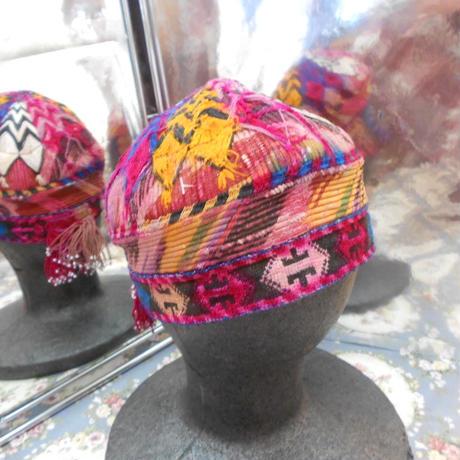 ウズベキスタン ウズベク族UZBEK WOMEN'S CAP27 刺繍女性用帽子54H14cm