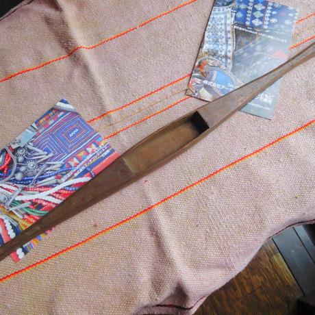 織り 織機 シャトル 杼 使用可 ストアーズno. 3 60g  全長50巾3.5高1.7 内径長9.1巾2.7深1.4cm shuttle 木製 オールド
