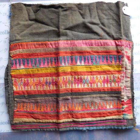 STORES アカ族 はぎれソックス脚絆NO. 3  30X29cm タイ ミャンマー北部山地岳 民族衣装 本物 手仕事 刺繍