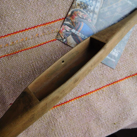 織り 織機 シャトル 杼 使用可 ストアーズno.5  50 g  全長39巾3.5高2.1 内径長9.3巾2.8深1.7cm shuttle 木製 オールド