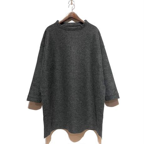"CAERULA""wool ring slit pull""(charcoal) women's"