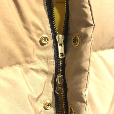 "Crescent Down Works ""italian down vest 60/40 cloth""(tan×yellow) unisex"