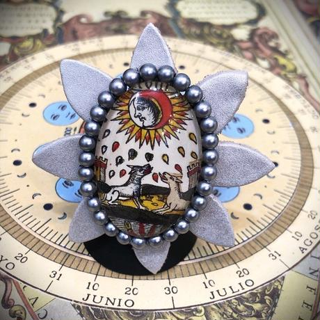KARANSA/カランサ 中世タロットのオリジナルガラスカボションのリング、「月」不安な気持ち KR-10