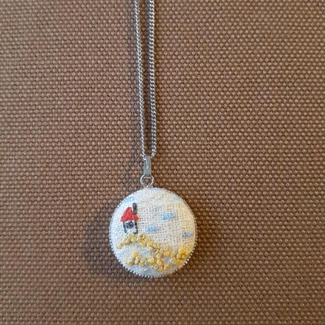 刺繍ネックレス トリ・家