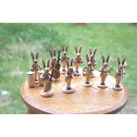 バイオリン  /  ウサギの音楽隊