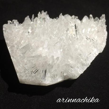 中国産(ヒマラヤ側)レインボー水晶クラスター