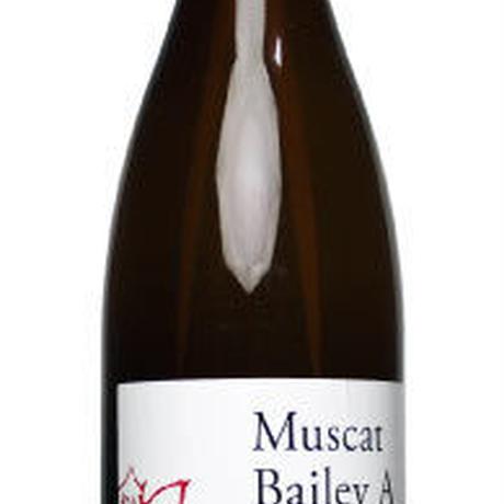 【ニュー山梨ワイン醸造】 赤白2本セット 1.8ℓ