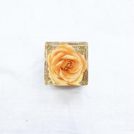 キュービックオルゴナイト薔薇 #QB07 / watanabe aki