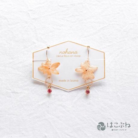 紫陽花万華鏡のフープイヤリング nohana