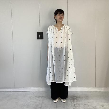 【 artepovera-2021summer21 】ピマコットンジャガード ギャザリングヘンリーワンピース