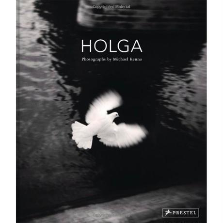 [サイン本あと2冊]  MICHAEL KENNA『HOLGA』 オモチャのカメラでも傑作!