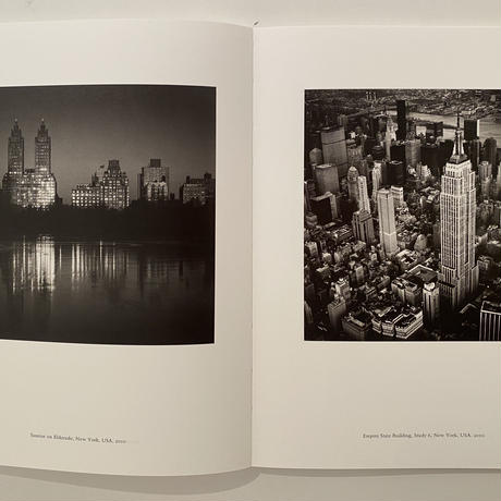 [今や貴重なサイン本!残り僅か ]MICHAEL KENNA 『A 45 YEAR ODYSSEY』45周年記念100点を収録