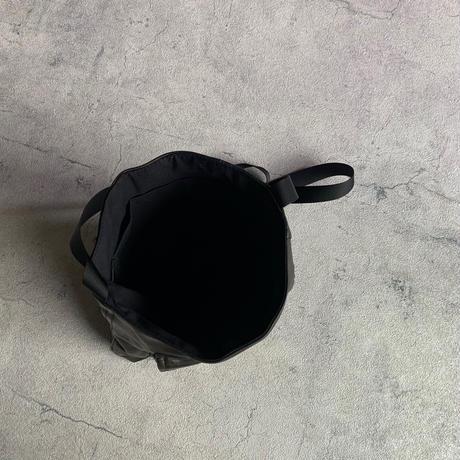 ARUMO  レザーショルダーバッグD /  リサイクルレザー
